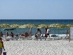 Обустроеные пляжи Лазурного